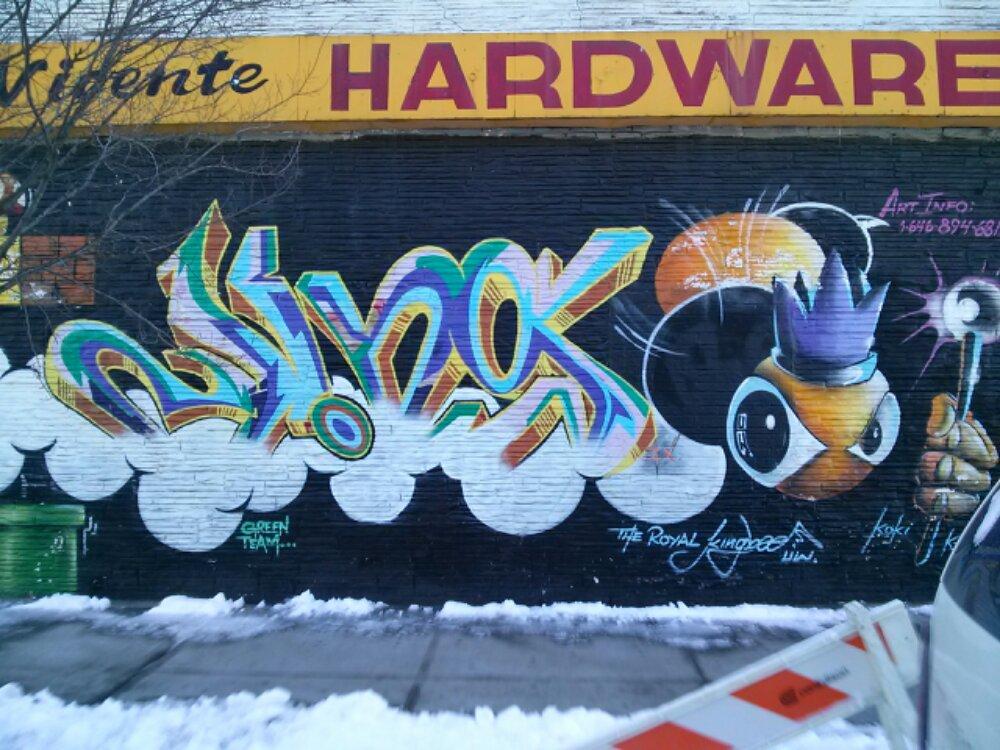 wpid-royal-kingbee-graffiti