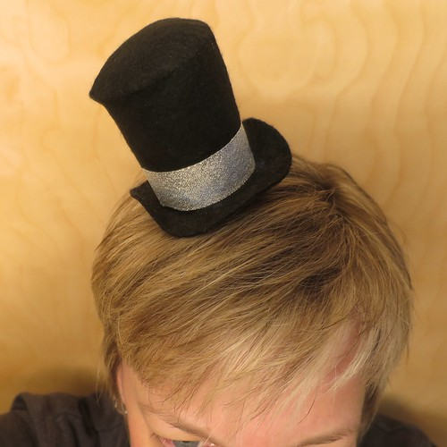 Iron Craft '14 Challenge #26 - Top Hat Fascinator