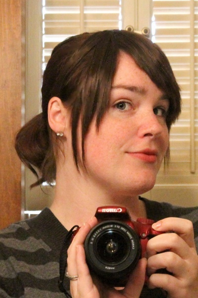 Trimmed clip-on bangs, up
