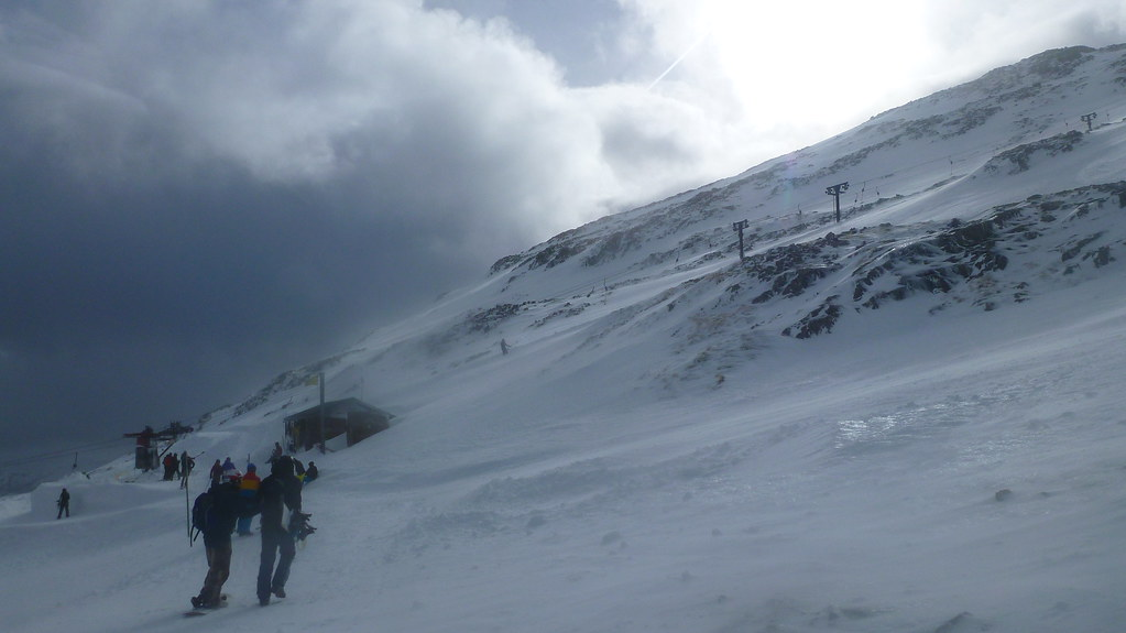 glencoe, southern highlands, glencoe ski resort, skiing, downhill skiing