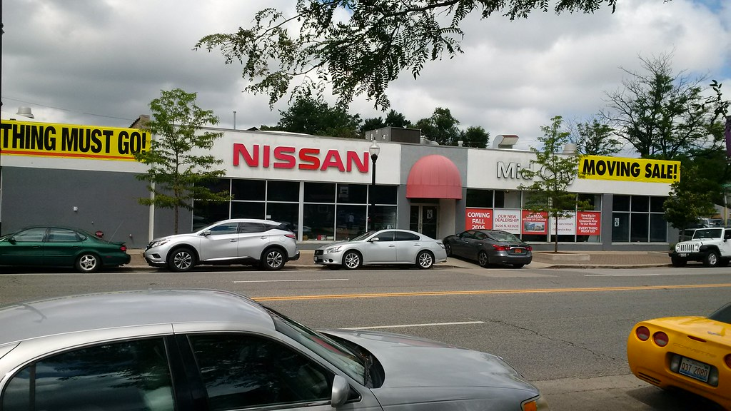 Mid City Nissan >> Mid City Nissan Moving Sale West Irving Park Rd Used To B Flickr