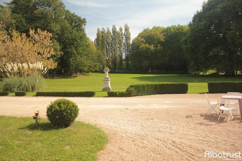 photo du golf Golf De Mazieres En Gatine - Parking