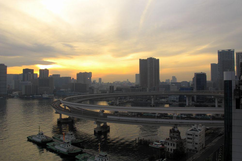 東京 レインボーブリッジ