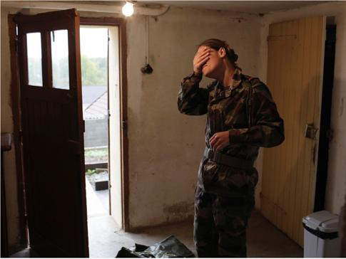 15c02 Foto Axelle de Russé Valérie, 33 ans, ex-soldat du rang dans l'armée de terre