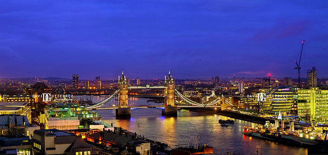 Panorama - Tower Bridge, London
