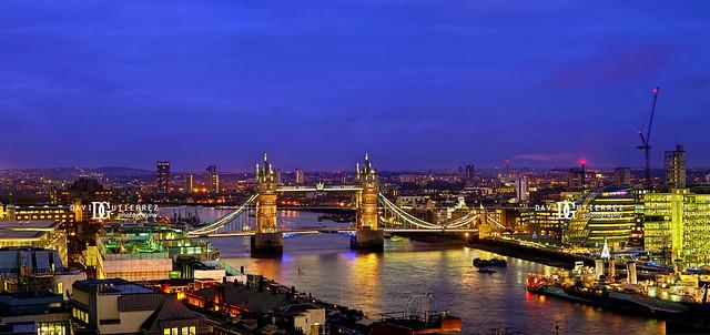 Panorama - Tower Bridge, London