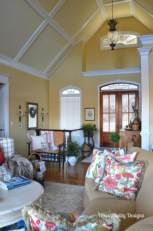 Great Room/Foyer-Housepitality Designs