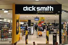 Dick Smith aims to have 400 stores in Australia and New Zealand by the end of June