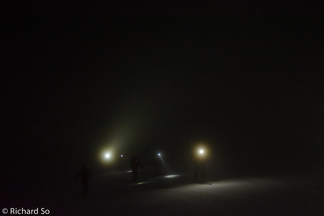 Skiing in the dark along the Musical Bumps