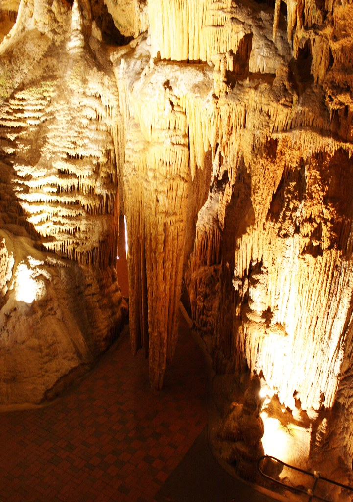 Luray Caverns Dripping