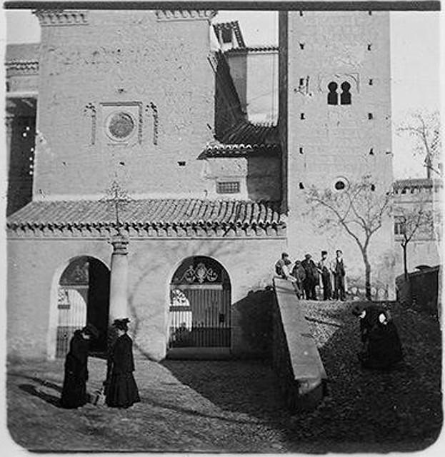 Iglesia de Santiago del Arrabal en 1904. Fotografía de Augusto T. Arcimis en 1904 © Fototeca del IPCE, MECD. Signatura ARC-0750_P