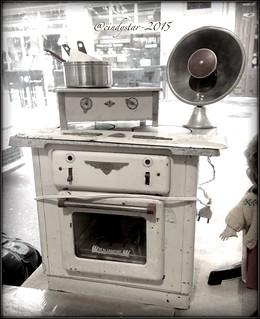 vintage stove kitchen toy