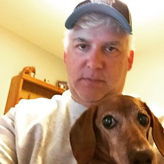 Luke and I just hanging out this weekend. #dachshund #selfie