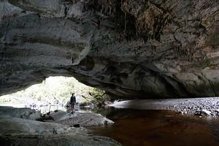 Caroline in Moria Arch