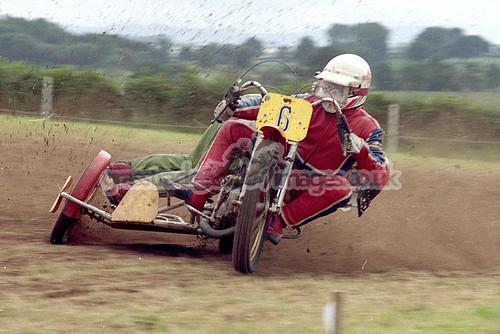 Dave Howells & T Goodwin 500cc SC.chet