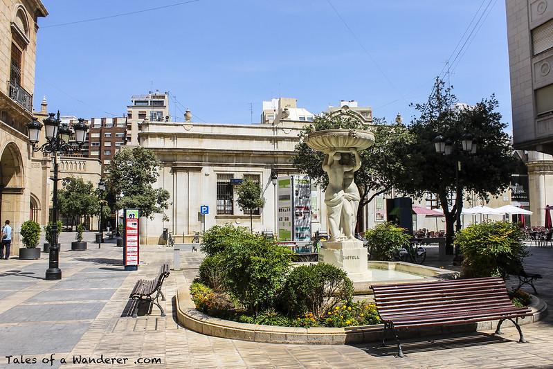 CASTELLÓN DE LA PLANA - Plaza de la Pescadería