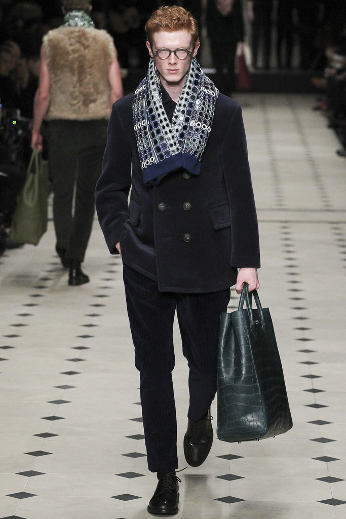 FW15 London Burberry Prorsum037_Linus Wordemann(VOGUE)