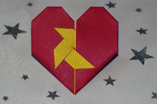 Origami Heart with Pajarita (Francis Ow)