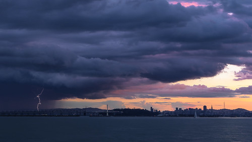 sanfrancisco sunset storm skyline clouds marina berkeley san francisco bolt bayarea strike lightning 228 february28 canon6d