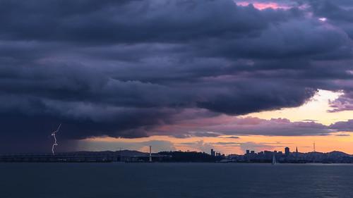 sanfrancisco sunset storm skyline clouds marina berkeley san francisco bolt bayarea strike lightning 228 february28 canon6d