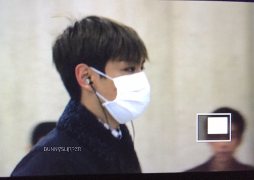 TOP Arrival Seoul from Tokyo 2015-111-03 (12)