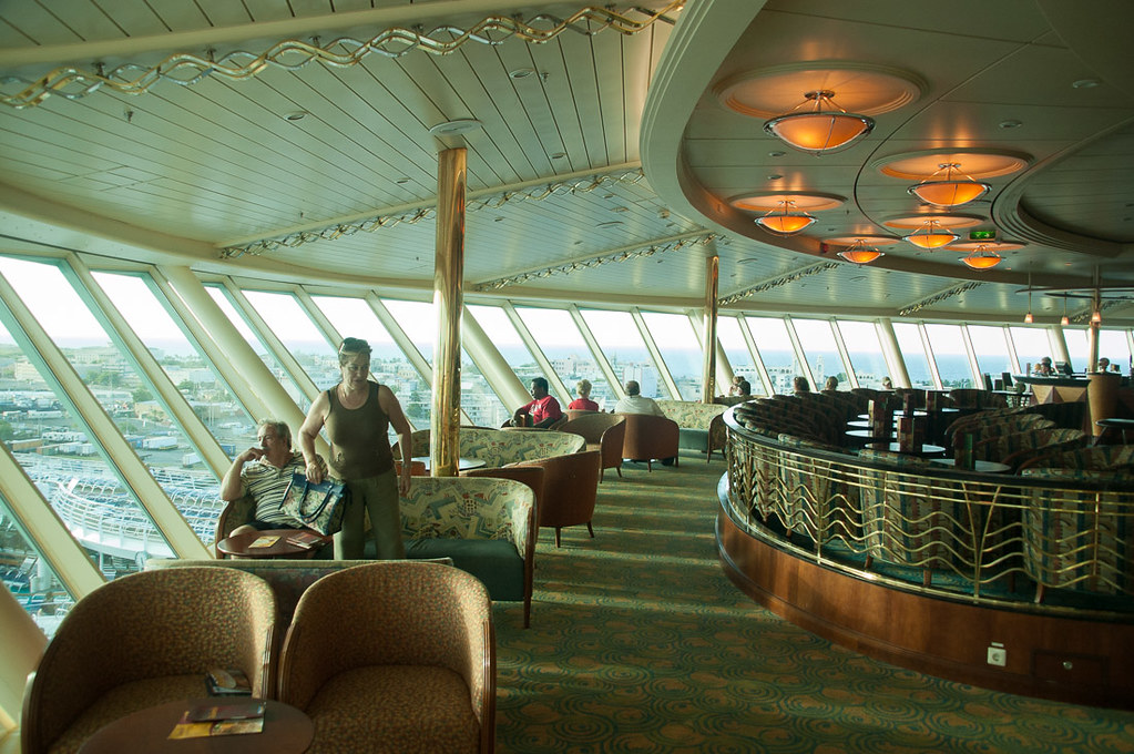 Lounges on Adventure of the Seas
