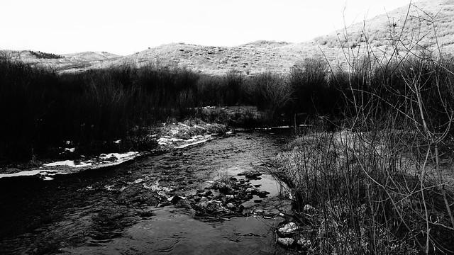 River B&W
