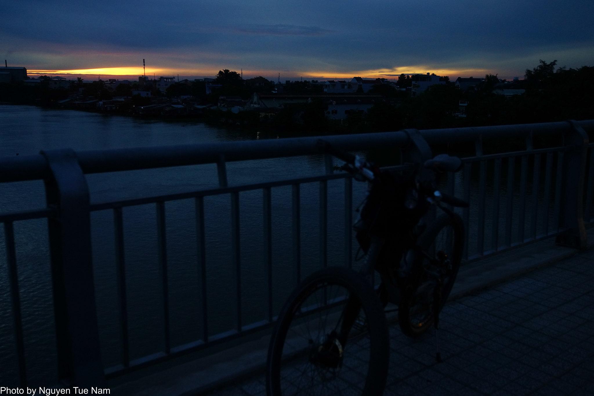 16075972492 b5f0eba371 k - [ Đạp chụp ] - Cảnh đẹp lạ ở khá gần SG