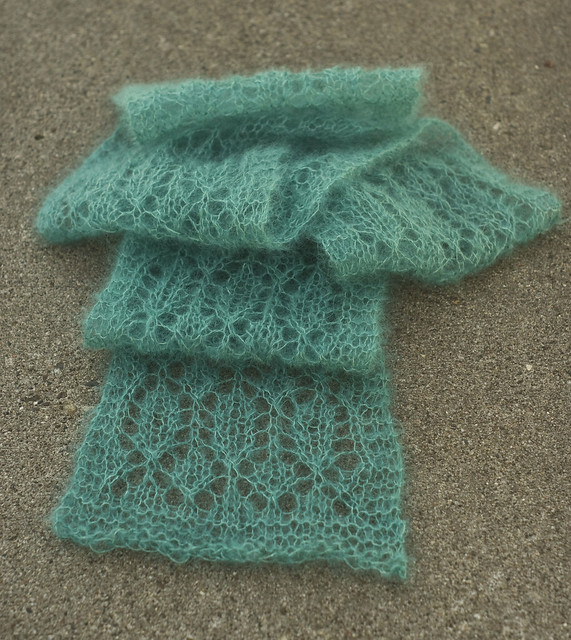 Anchee Scarf