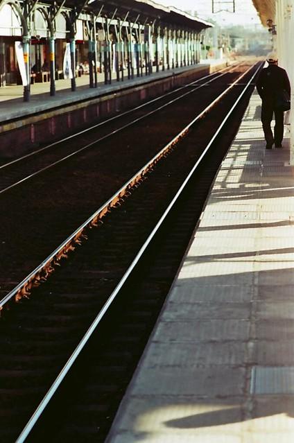 月台與老伯