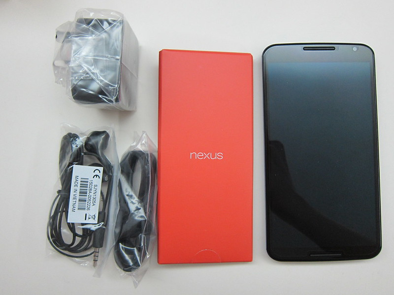 Nexus 6 - Box Contents
