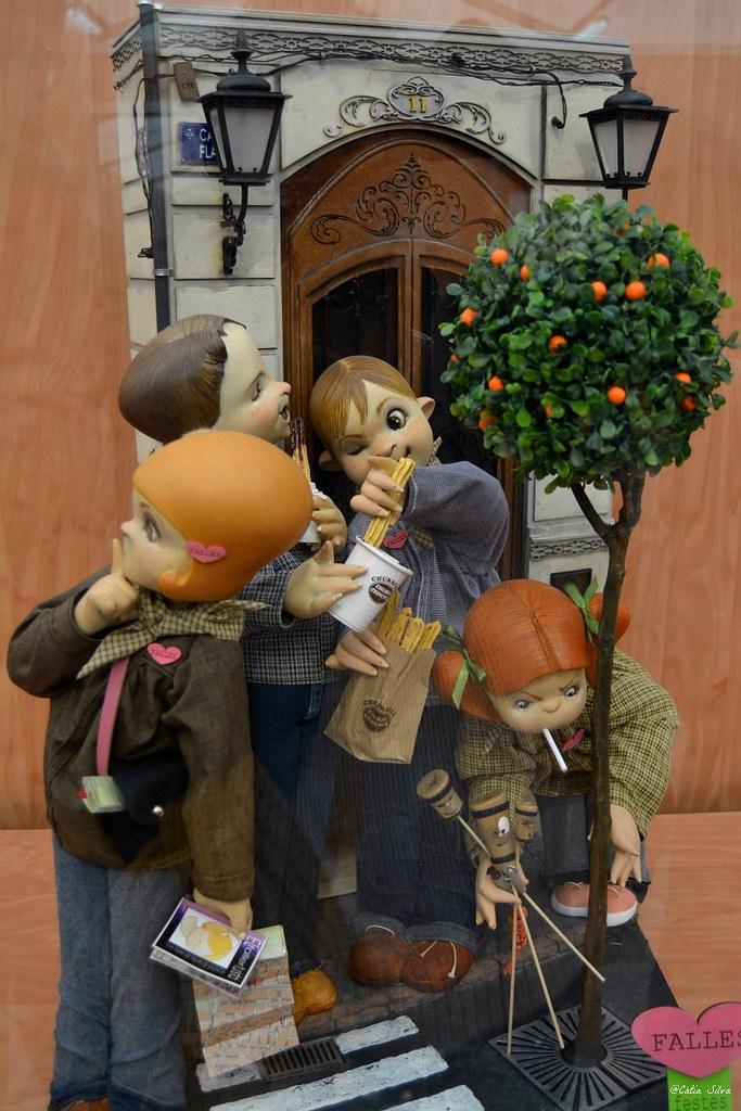 Fallas 2015 - Exposición del Ninot (6)