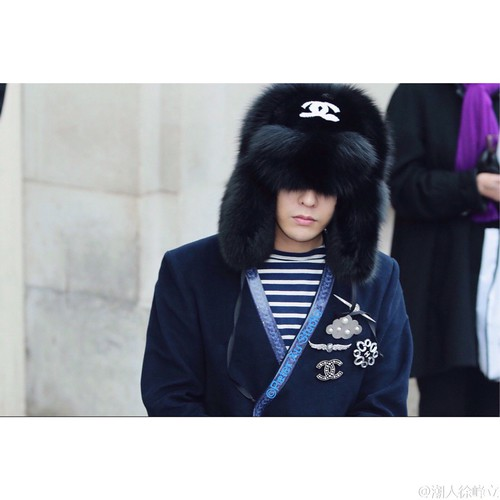 G-Dragon Chanel Haute Coutoure at Grand Palais Paris 2016-01-26 cr on pic (28)