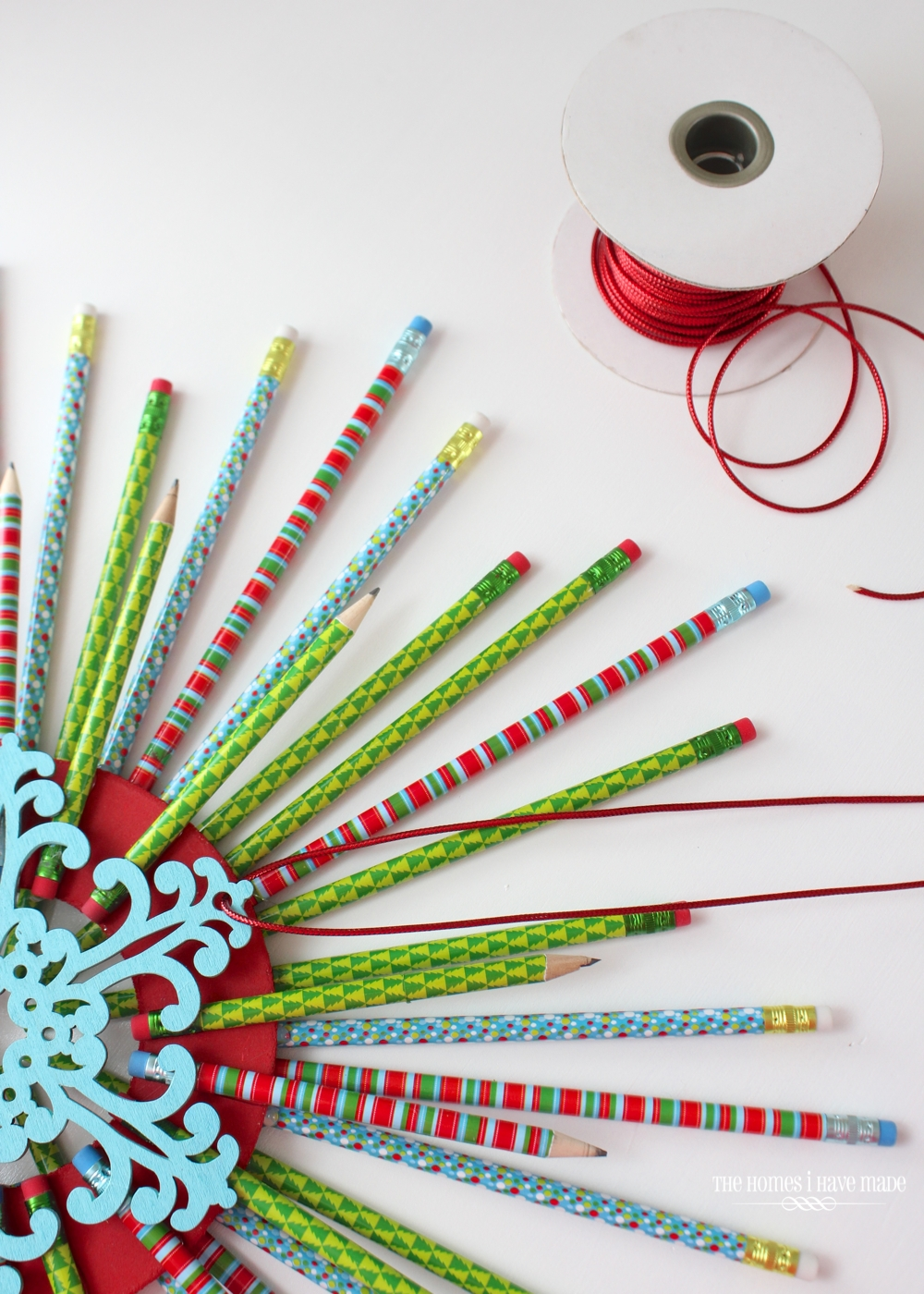 Pencil Starburst Wreath-013