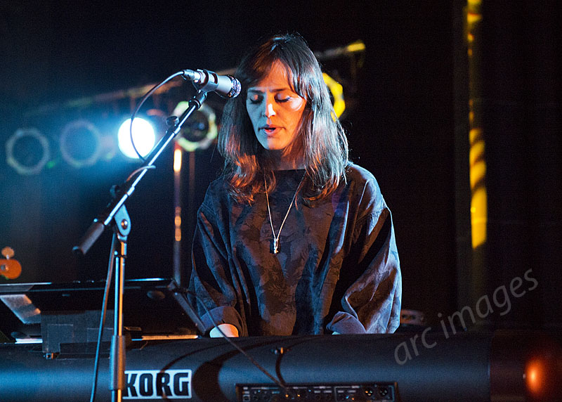 Sharon Van Etten band, Manchester Cathedral, 24-11-14