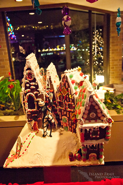 Gingerbread Display - 2014.12.19-9452