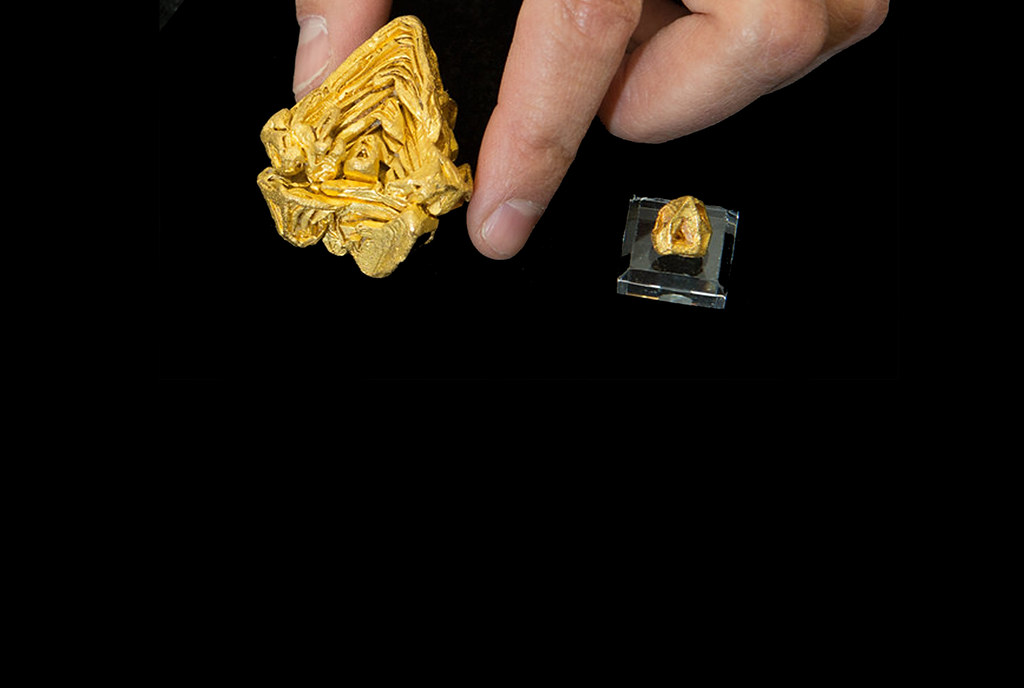 World's largest single crystal of gold verified by Los Alamos instruments