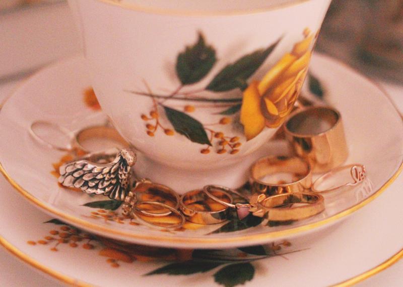 vintage teacups of jewellery, Bumpkin Betty