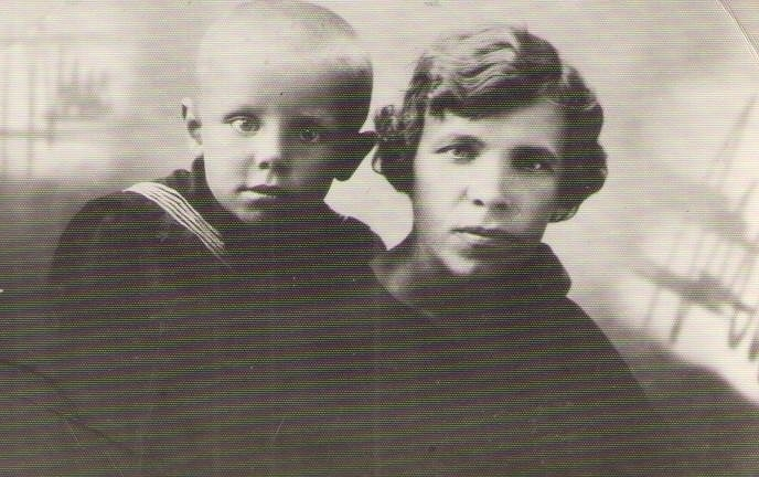 Папа и его мама Юзефа, 1934