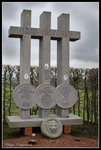 Monument LT Jack Hargis KIA 17-08-1943
