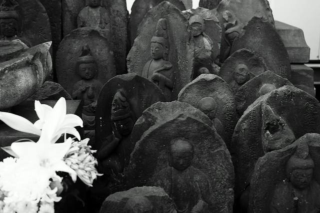 三ノ輪浄閑寺 - Jokan-ji temple, Minowa Tokyo, 17 Mar 2015. 030