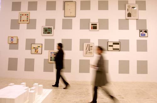 La fusión de arte y tecnología de Stephen Willats llega al país