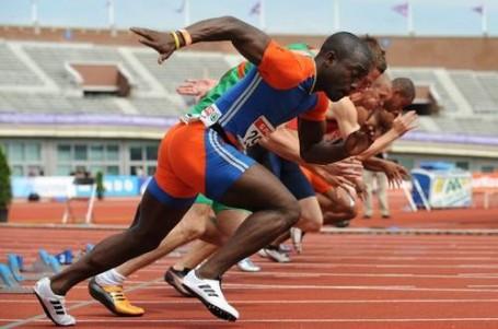 Zatrénuj si se sprinterem a maratonci. Dej si pražský ZunoRun