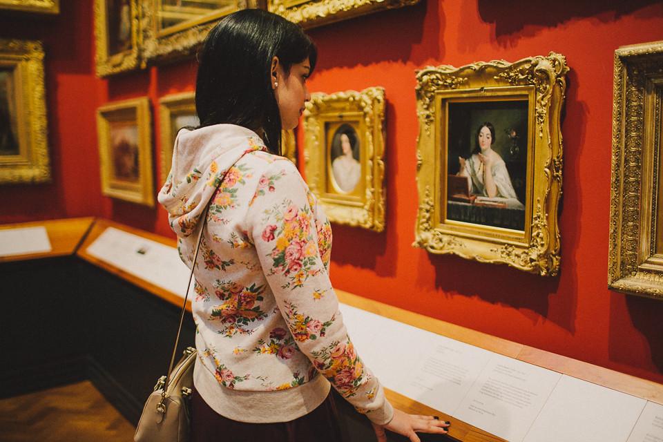 {visiting the V&A with ArtFeeds} via chevrons & éclairs