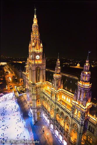 Town Hall of Vienna at night