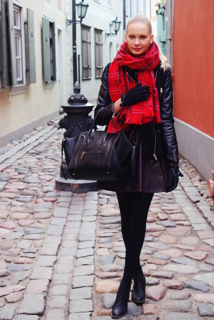 tartan-print-scarf