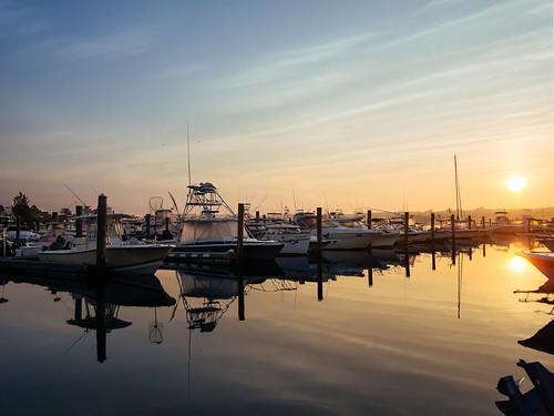 olympus epm2 panasonic 14mmf25 sunrise niantic connecticut ct eastlyme boat marina water reflection july 2016