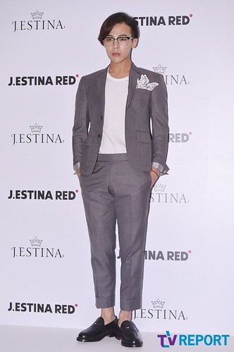 G-Dragon-JEstina-20140903(34)