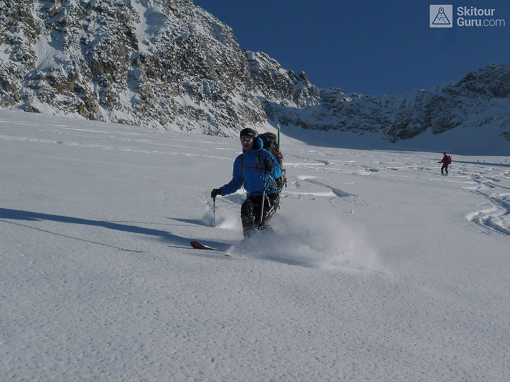 Kraulspitze, Franz Senn Hütte:http://skitourguru.com/chata/10-franz-senn-hutte, Stubaier Alpen:http://skitourguru.com/oblast/20-stubaier-alpen, Austria