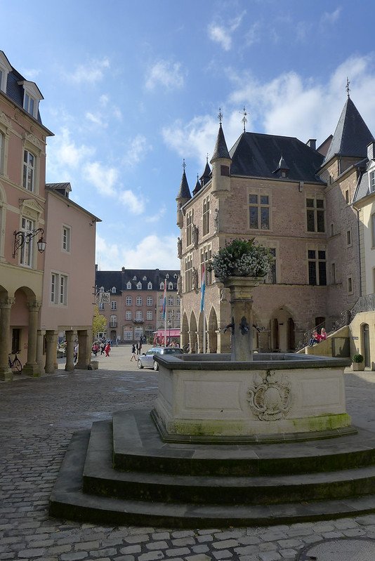 Echternach (Luxembourg) - 11 - Place du marché